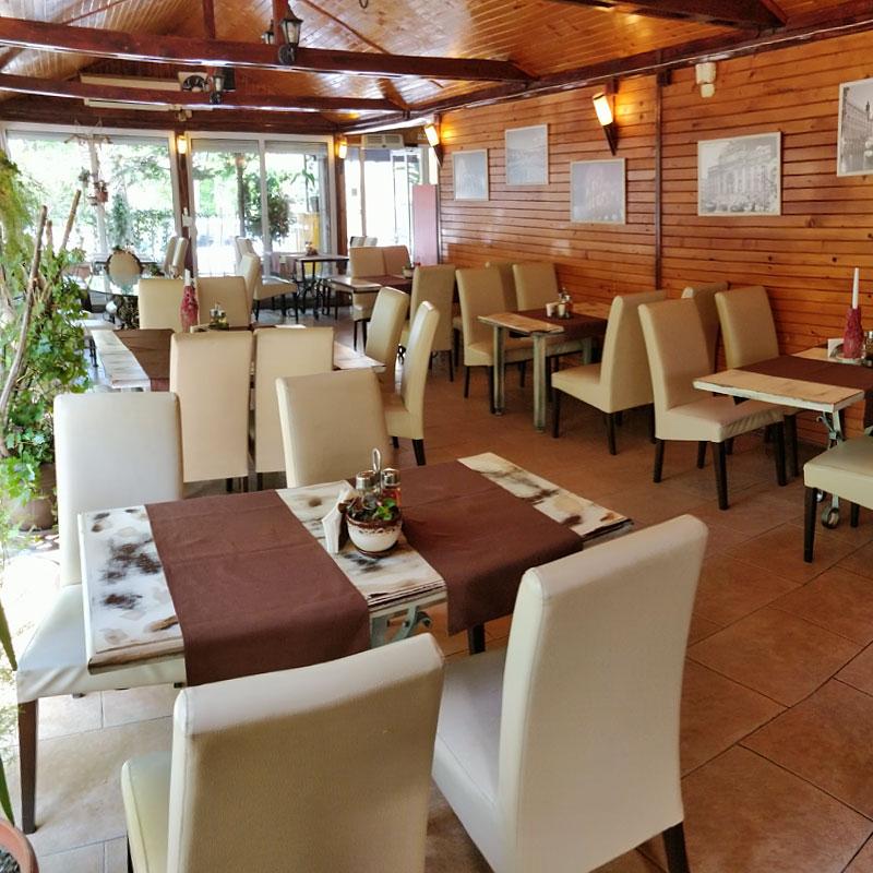 Вътрешен изглед на ресторант Италиански Ресторант Пикантино